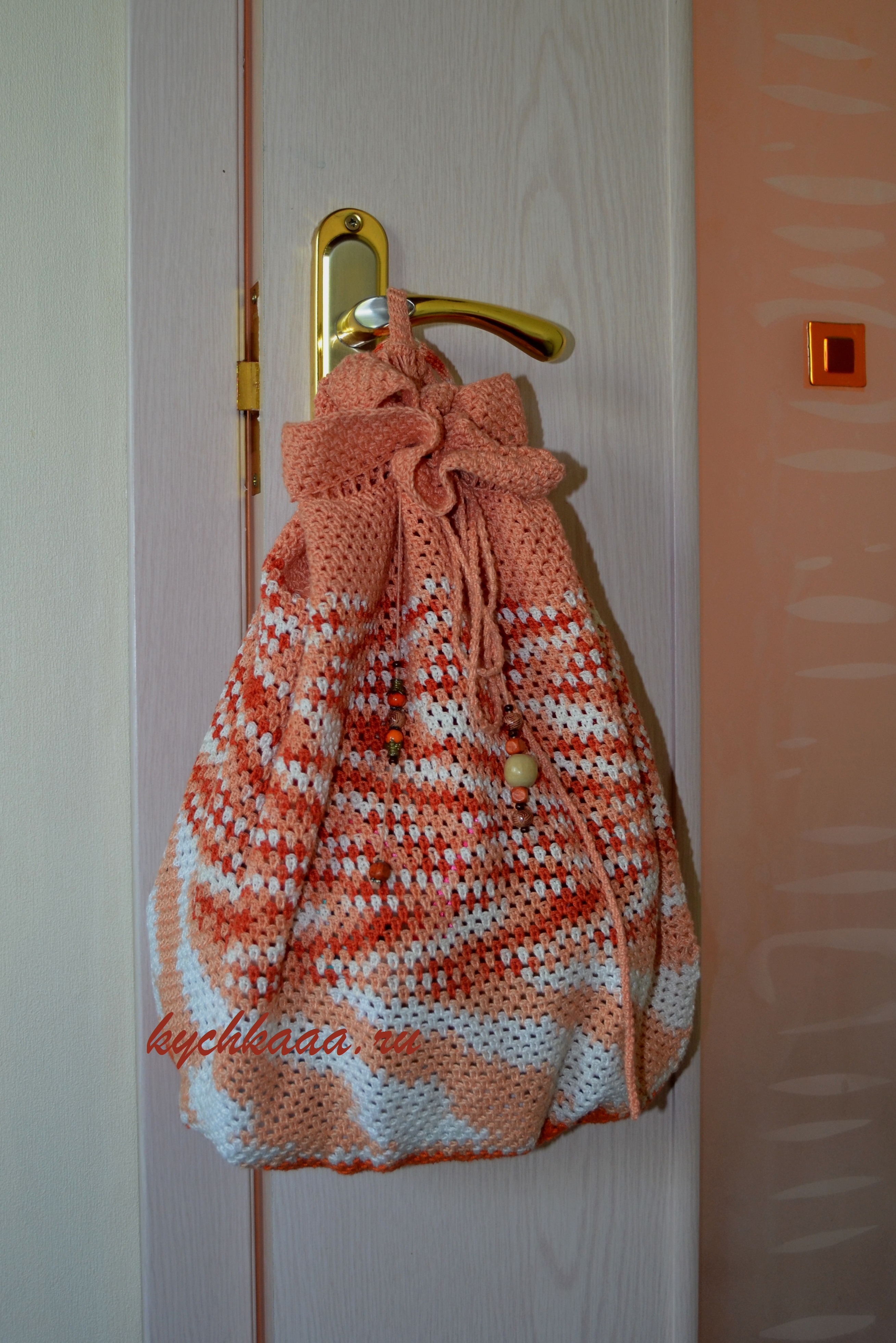 Вяжем крючком оригинальный рюкзак